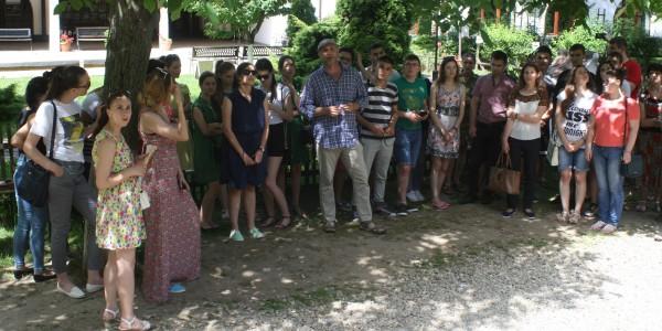 vizita-la-muzeul-satului